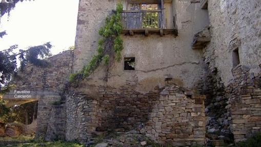 Ruinas en el pueblo de Escó