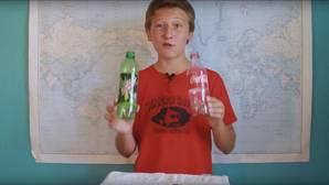 La sorprendente reacción al sumergir dos dientes en un vaso de Coca-Cola