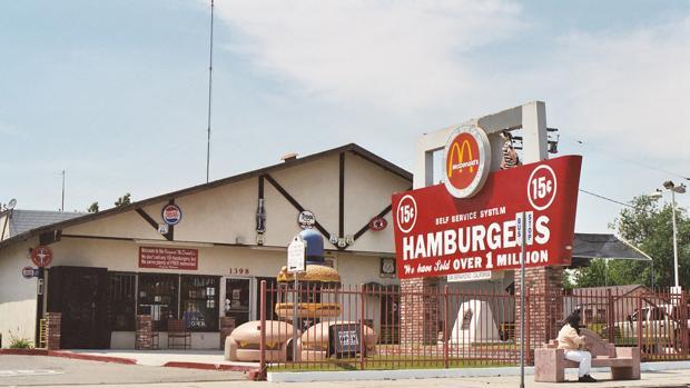 El sitio del restaurante del primer McDonald´s, San Bernardino, California