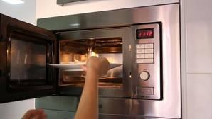 Trucos para calentar bien la comida en el microondas