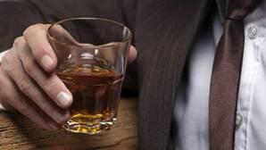 La empresa que te pagará por viajar por el mundo bebiendo whisky