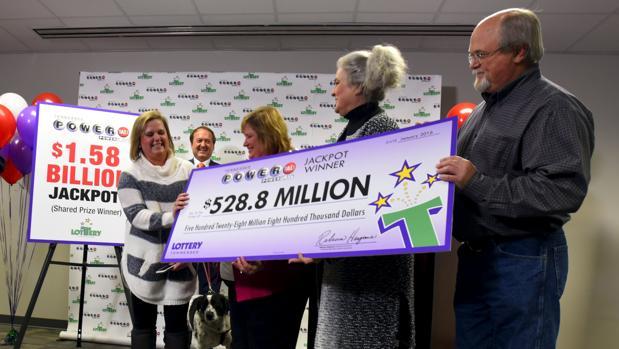 La Powerball, la lotería primitiva de EE.UU., cambió la vida de veinte trabajadores del metal de Tennessee hace solo unos días