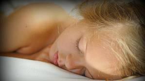 Mejor dormir poco que hacerlo a 'trompicones'