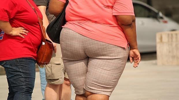 El riesgo de obesidad es mucho mayor en la población obesa