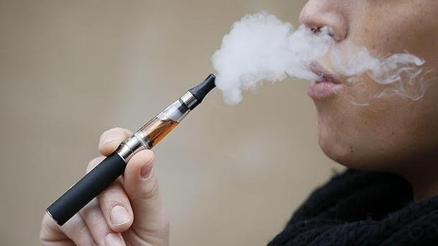 Los e-cigarrillos suponen un peligro para la salud de los adolescentes