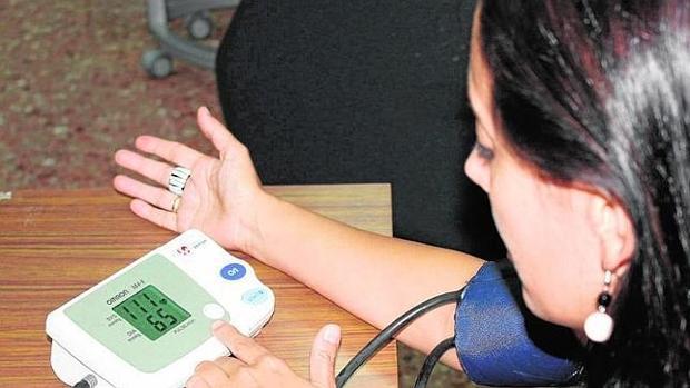 Dos estudios apoyan el control intensivo de la presión arterial para la salud a largo plazo y la calidad de vida