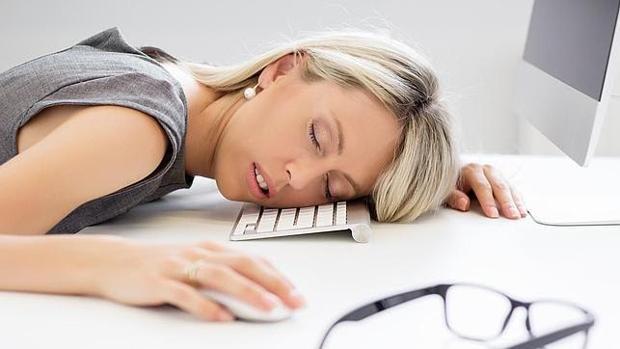 El sueño escaso o excesivo compromete nuestra salud