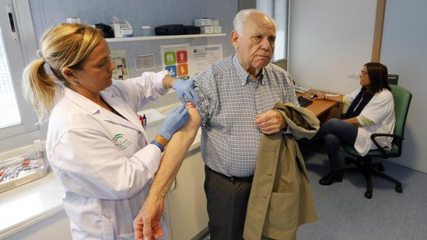 La vacuna es la forma más eficaz de prevenir la infección