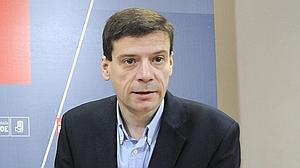 La Fiscalía pide imputar ante el TSJA al parlamentario socialista Carmelo Gómez por el caso Mercasevilla