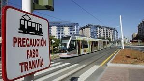 Espadas confía en sacar a licitación el tranvía a Santa Justa en 2017