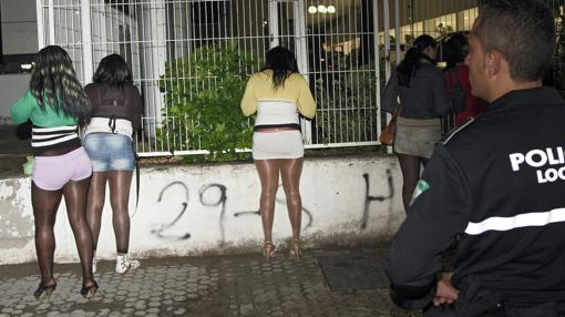 pisos prostitutas granada legalización prostitución españa