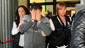 El juez ve «indicios bastantes» contra el detenido por la violación mortal del parque María Luisa