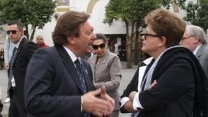 Blas Ballesteros cobró de Aljarafesa, Emasesa y la Diputación siendo cónsul de Brasil