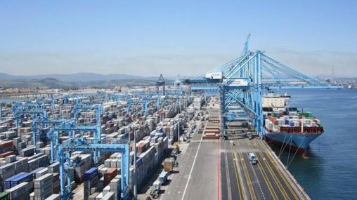El gigante portuario de Algeciras, uno de los de mayor tráfico del mundo