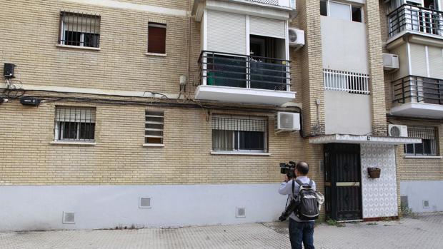 Vivienda de la calle Gitanillo de Triana donde ha tenido lugar el crimen