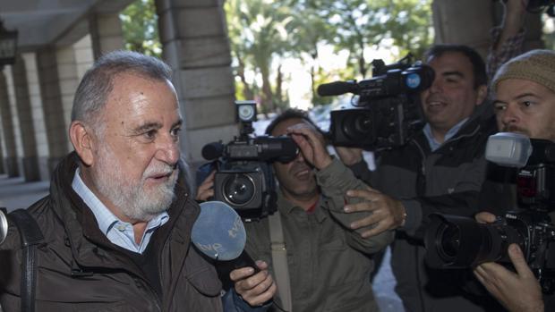 Antonio Rodrigo Torrijos es uno de los acusados por la venta de suelos de Mercasevilla a Sando