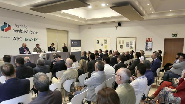 Apertura de la I Jornada de Servicios Urbanos en ABC de Sevilla