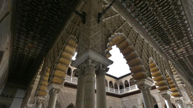 Yeserías del Real Alcázar de Sevilla, algunas de las cuales han sido robadas
