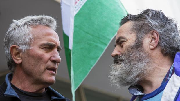 El diputado de Podemos Diego Cañamero y el alcalde de Marinaleda, Juan Manuel Sánchez Gordillo