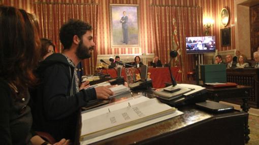 Los ediles de Participa Sevilla, durante el pleno de presupuestos celebrado en febrero