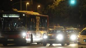 ¿Coges el coche o el bus? Cuidado con los cortes de tráfico de la «Nocturna del Guadalquivir» en Sevilla