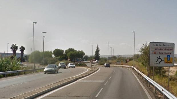 El atropello ha tenido lugar en la SE-20 antes de llegar a la rotonda de Televión Española