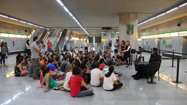 Concierto en la estación Puerta de Jerez