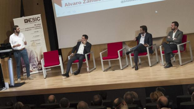 Álvaro Zamácola interviene junto a Alberto de Torres, Enrique Benayas y David Villaseca