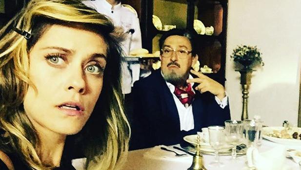 María León y Mariano Peña, durante el rodaje
