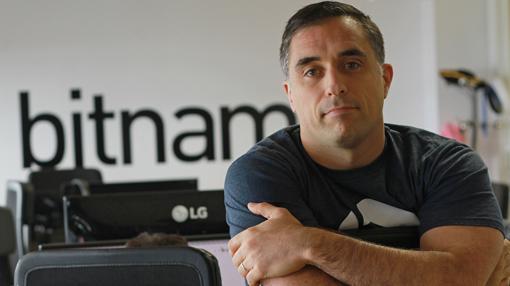 Daniel López Ridruejo, en la sede de Bitnami en Sevilla
