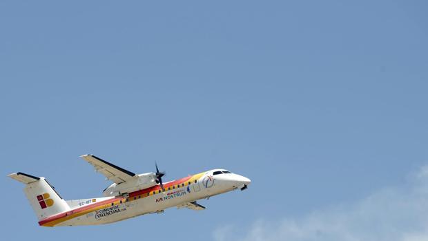 Air Nostrum busca tripulantes de cabina en Sevilla