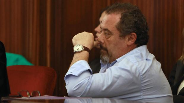 José Eugenio Alcarazo ha sido declarado culpable de asesinar al tío de su mujer, vicario en San Isidoro