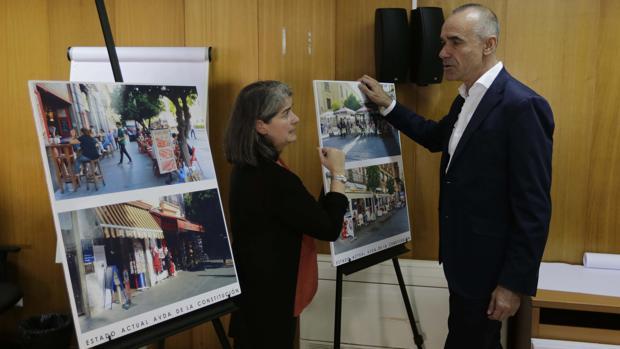 El delegadode Hábitat Urbano, Antonio Muñoz, tras la reunión de la Comisión de Veladores