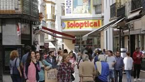 El comercio se anima en el primer festivo otoñal de tiendas abiertas