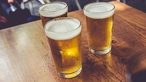 Tres cañas de cerveza