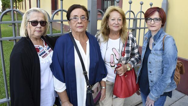 Margarita Zambrano, Pilar López, Carmen Díaz y Rosa María de la Rosa, de izquierda a derecha