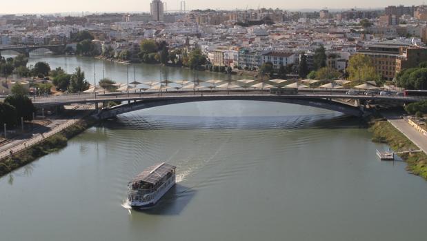 Vista del puente del Cristo de la Expiración