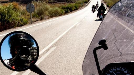 José Ruiz saca una imagen durante un viaje en carretera
