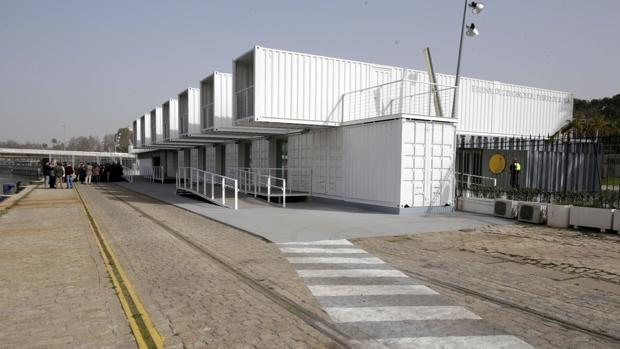 Terminal de cruceros en el muelle de las Delicias, que ahora sale a licitación