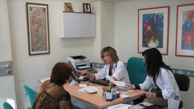 La buena preparación de un médico es una garantía par el usuario