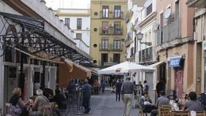 El Ayuntamiento insiste en que su prioridad es hacer cumplir la ordenanza de veladores