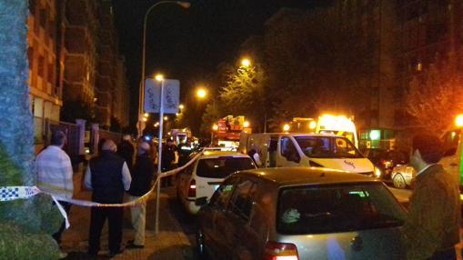 Un amplio dispositivo de Bomberos, sanitarios y Policía Local se personaron en el lugar
