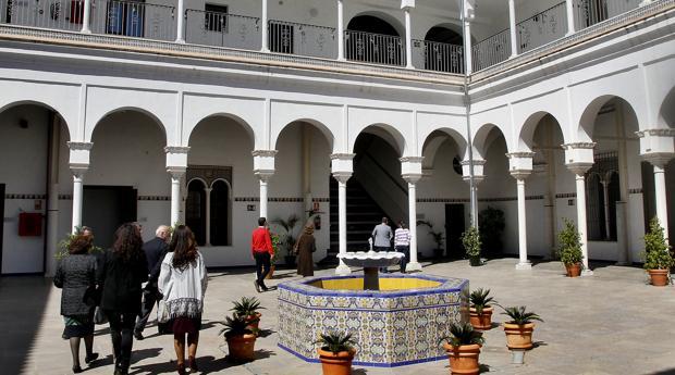 Patio central de la Casa de los Artistas una vez restaurada