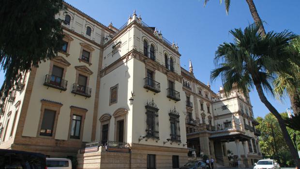 El Hotel Alfonso XIII, donde se ha producido el simulacro