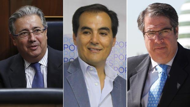 El ministro del Interior, Juan Ignacio Zoido, el exalcalde de Córdoba, José Antonio Nieto y el concejal Gregorio Serrano