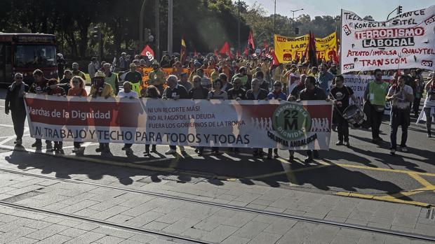 Manifestación convocada por la Marcha de la Dignidad en Sevilla