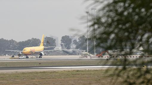La terminal de San Pablo, vista desde el parque del Tamarguillo