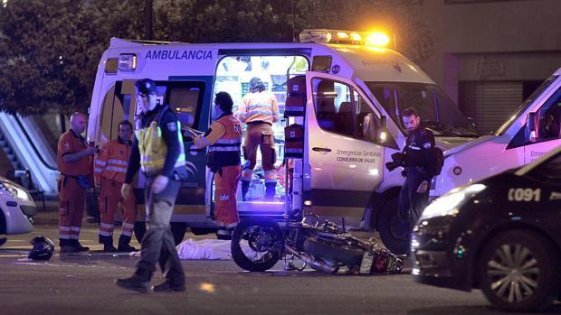 La víctima, que circulaba en moto con su novia, murió en el acto en el accidente
