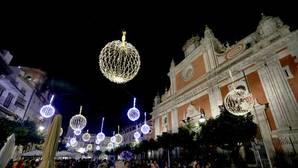Quejas de los comerciantes del centro por el retraso del Plan de Navidad