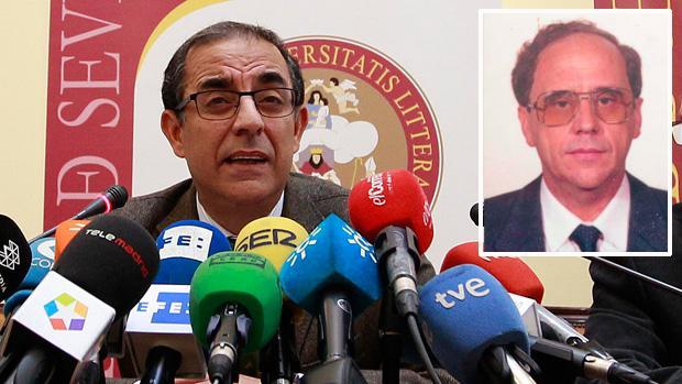 Rueda de prensa del rector de la Hispalense, Miguel Ángel Castro,sobre la condena a Santiago Romero